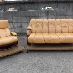 フジファニチャーさんのソファを、本革で着せかえです♪